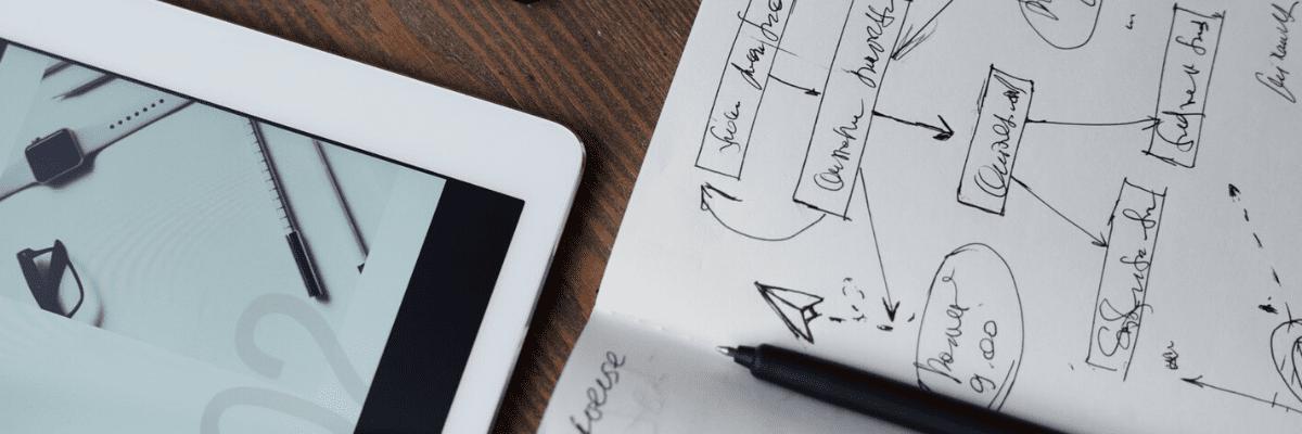 imagen de un cuaderno con estrategias de marketing online para Black Friday