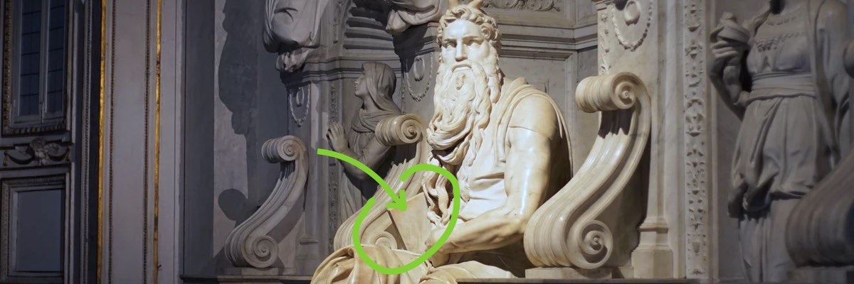 Imagen escultura Moisés de Miguel Ángel con las tablas de la ley